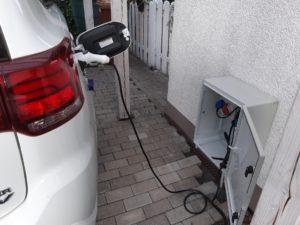 Für Plug-in-Hybriden reicht eine normale Steckdose.